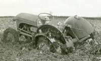 Forladt traktor