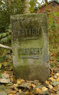 Den gamle vejvisersten på Kværkebyvej